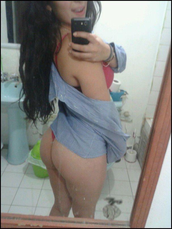 Bianca-Vazou-no-whatsapp-se-exibindo-pelada-17