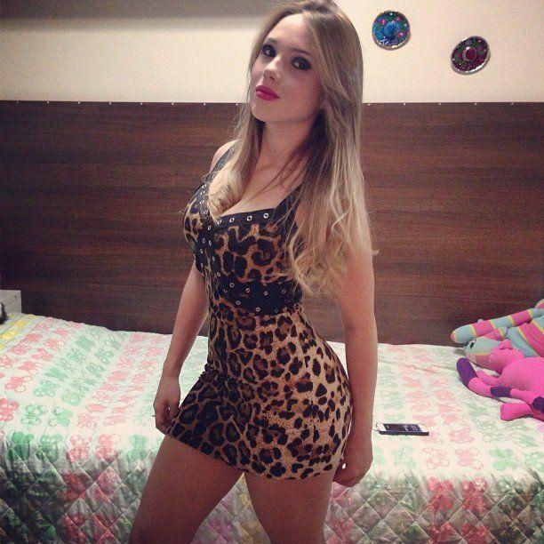 Fotos-Bianca-Montes-a-nova-gostosa-do-facebook-2