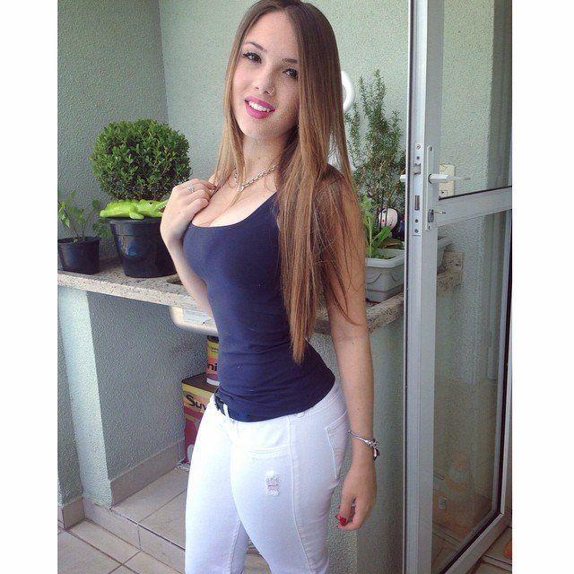 Fotos-Bianca-Montes-a-nova-gostosa-do-facebook-60