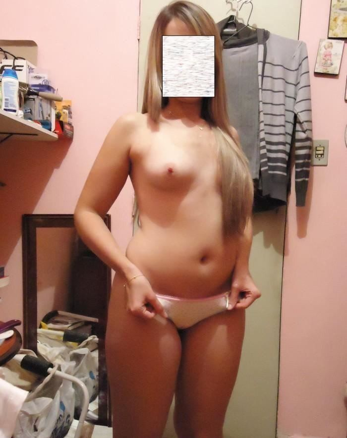 Novinha-rabuda-e-safada-19