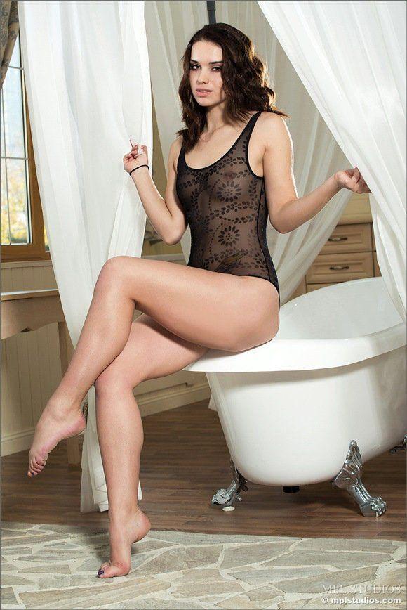 morena-gostosa-linda-novinhasnudes-sexy2