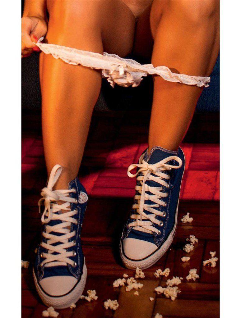 Iara-Ramos-nua-pelada-na-Playboy-16