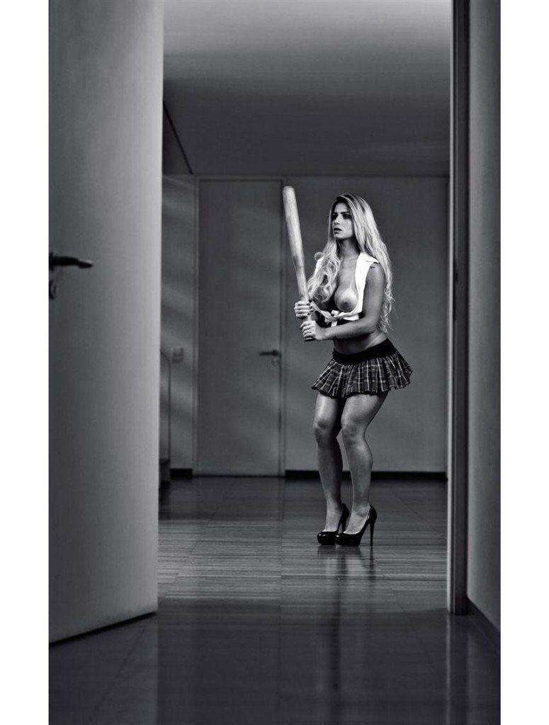 Iara-Ramos-nua-pelada-na-Playboy-17