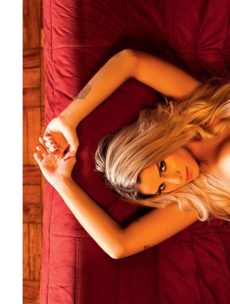 Iara-Ramos-nua-pelada-na-Playboy-18