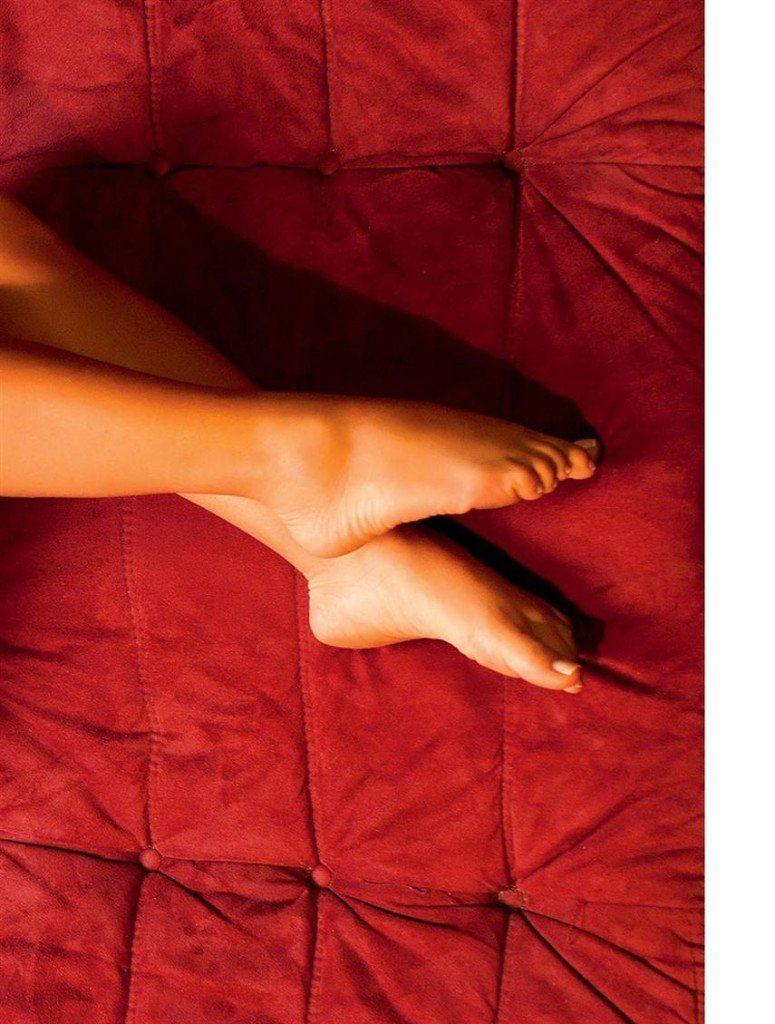 Iara-Ramos-nua-pelada-na-Playboy-20
