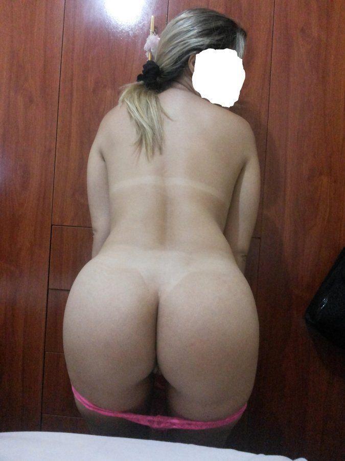 Novinha-deliciosa-mostrando-o-seu-corpo-gostoso-11