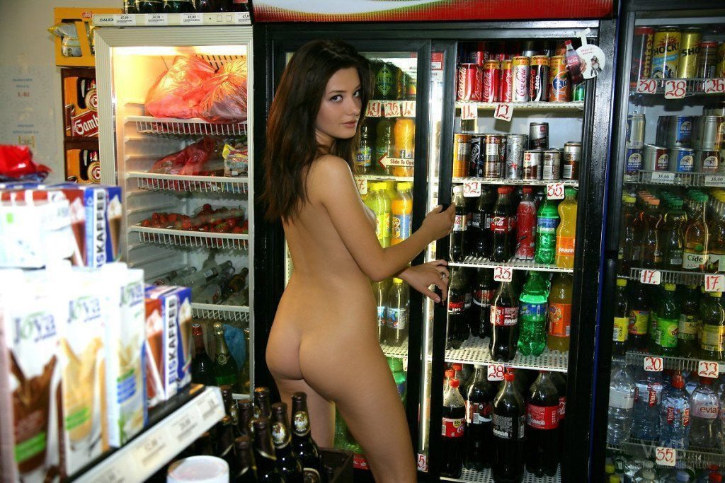 приедет тебе смотреть онлайн красотка мастурбирует в супермаркете материалы