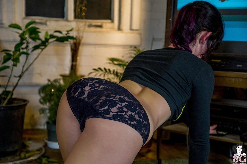 ladylove95-suicide-girls-19