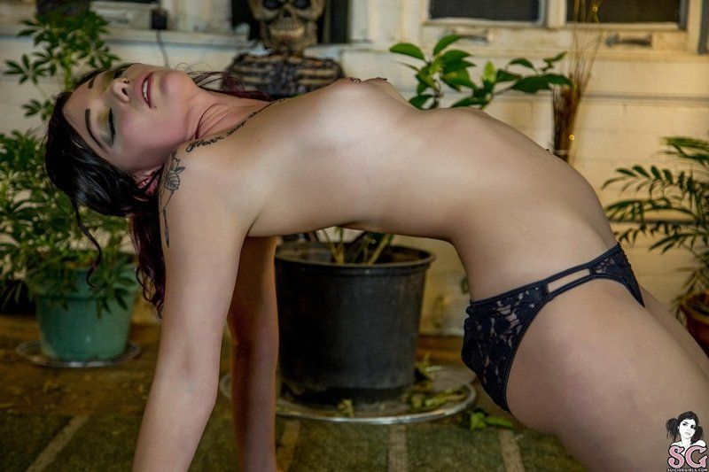 ladylove95-suicide-girls-21