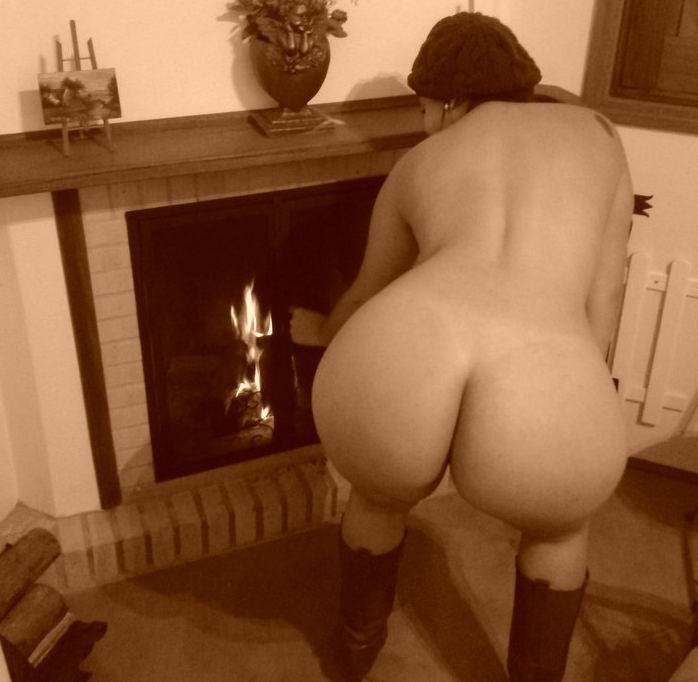 esposa-gostosa-mostrando-a-buceta-em-fotos-intimas-10