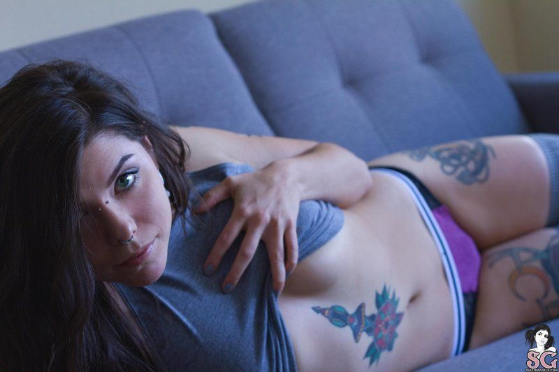 doee-suicide-girls-15