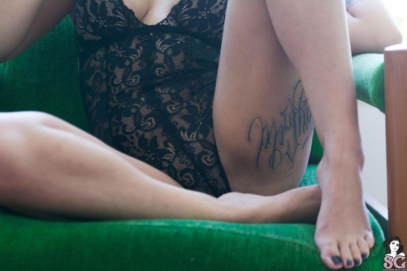 fran-suicide-girls-12