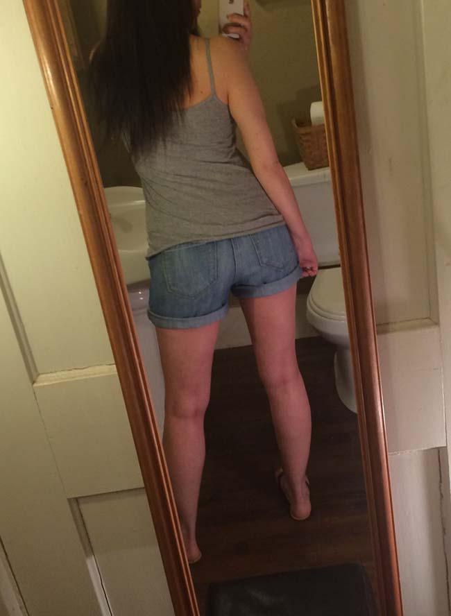 Gatinha-peituda-selfies-nude-no-espelho-9