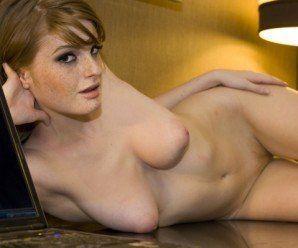 Faye pornstart ruivinha deliciosa