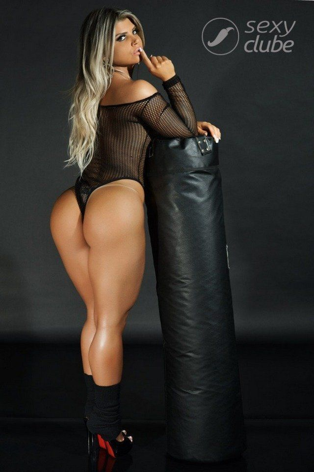 carine-felizardo-nua-pra-revista-sexy-de-outubro-2016-33