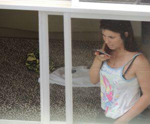 Fotos da vizinha gostosa pela janela do apartamento