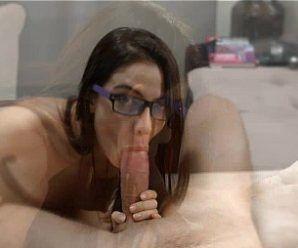 Gostosa fazendo sexo com macho dotado